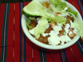 """Snowcap"" Chili, Guacamole & Garnishes"
