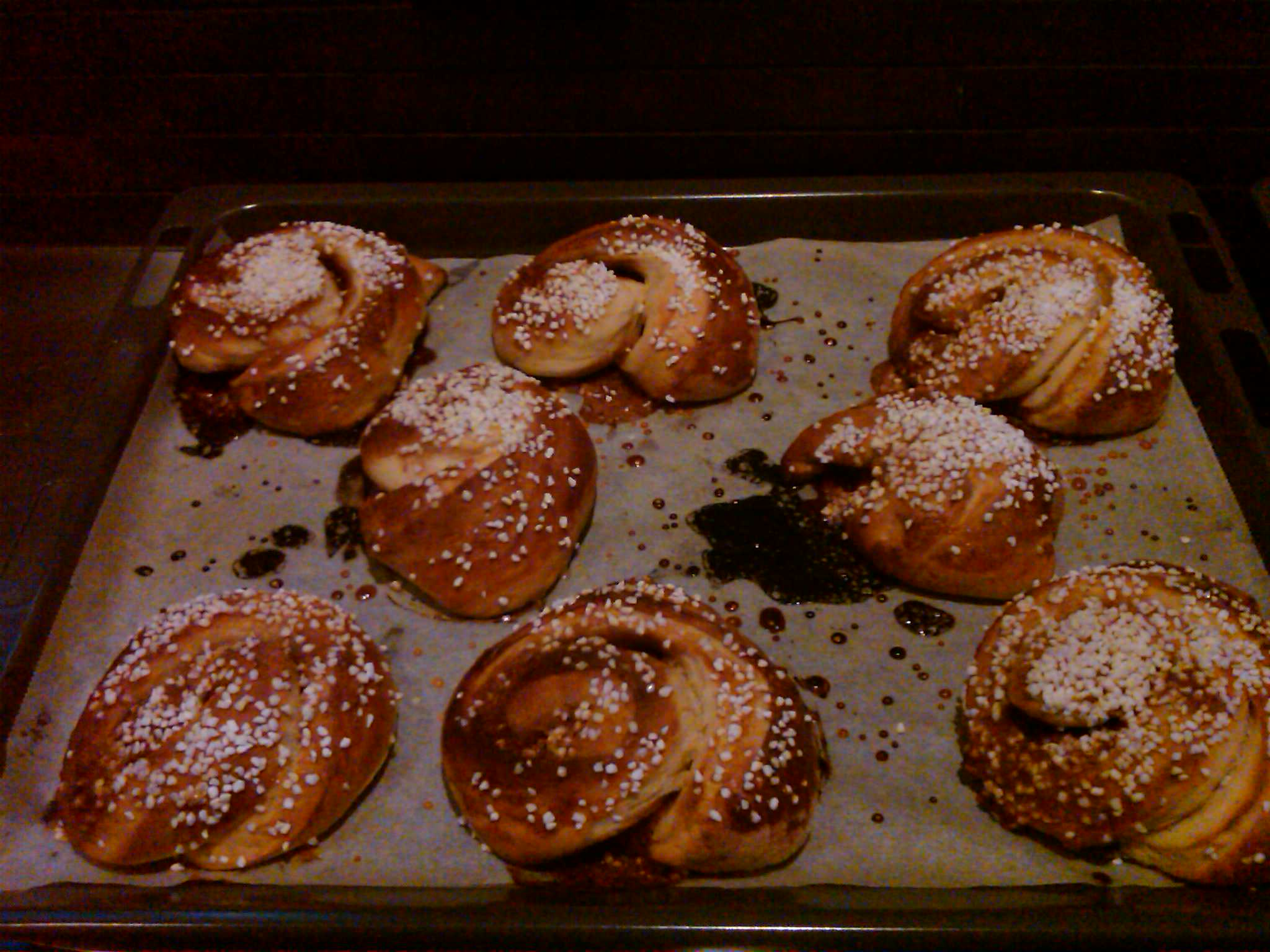 Swedish Cinnamon Buns (Kanelbulle)