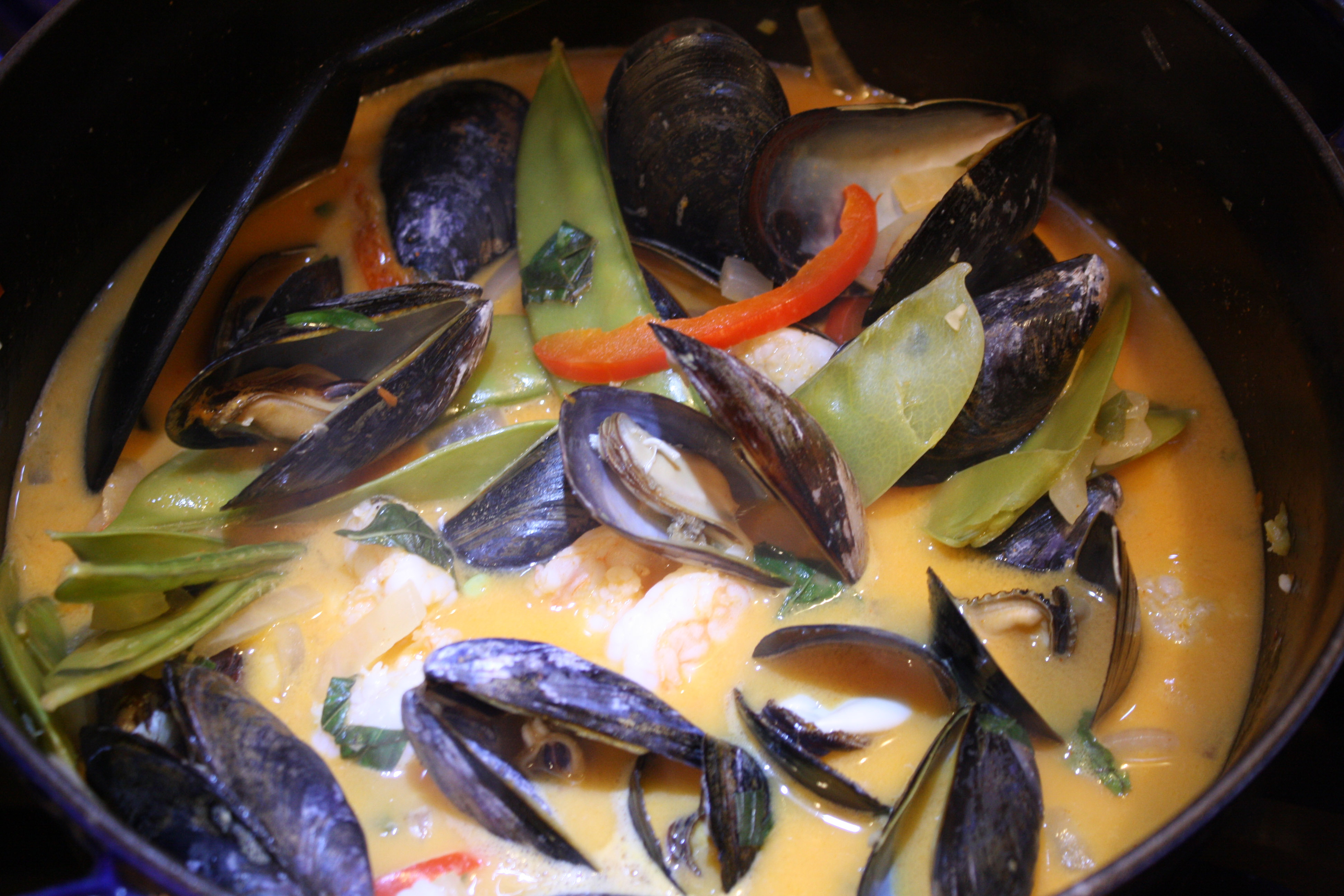 Red Curried Mussels