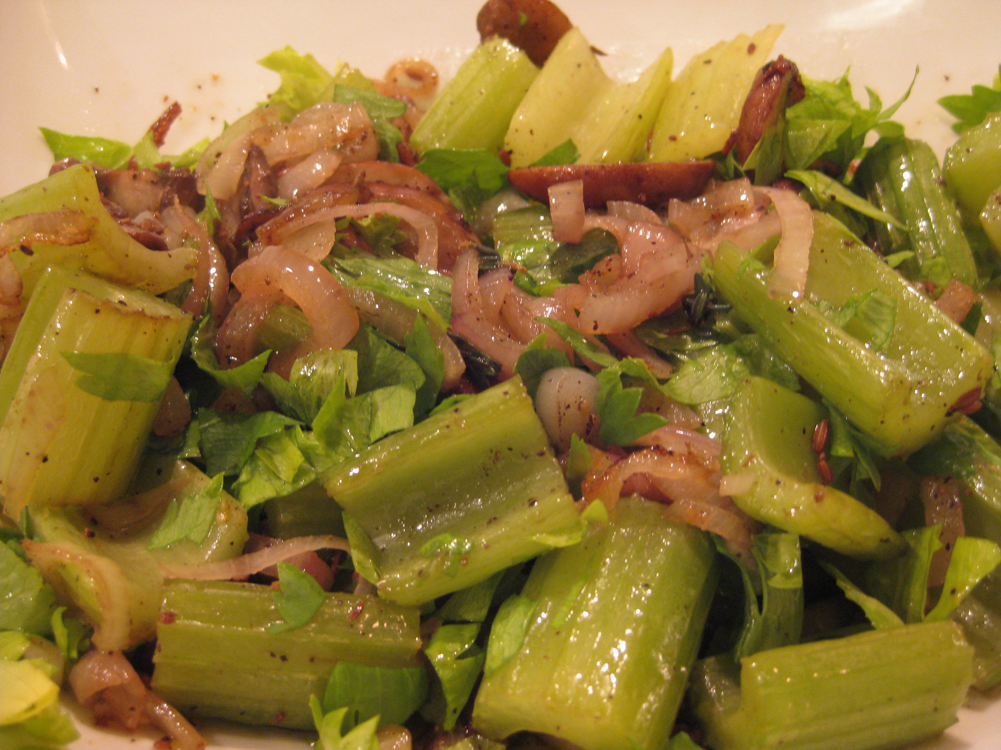 Jennie&#x27;s Roasted Celery And Mushrooms
