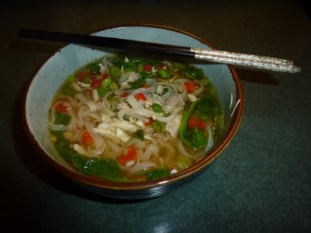 Spicy chicken & vegetable rice noodle soup for one