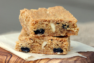 Crispy Cream Blueberry Blondies With Macadamia Nuts