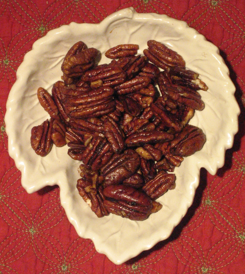 Spicy Maple Pecan Party Nuts