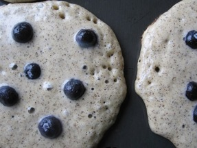 Add-berries-to-pancakes