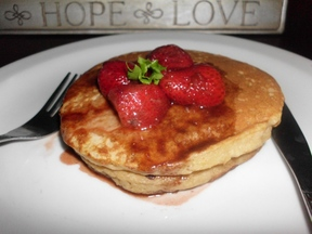 Apple_pancake_with_strawberry_balsamic_sauce_007
