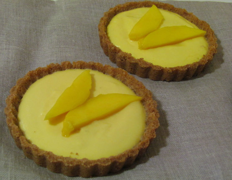 Mango tartlettes