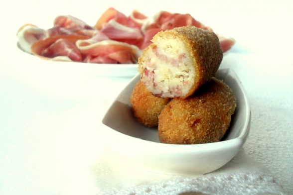 Croquetas de Jamn Serrano - Cured Ham Croquetes