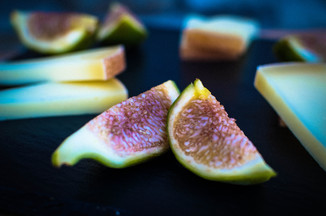 Figs with Pecorino Cheese &amp; Honey