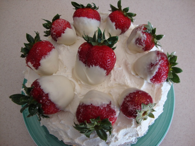 Fresh Strawberry Whipped Cream Cake