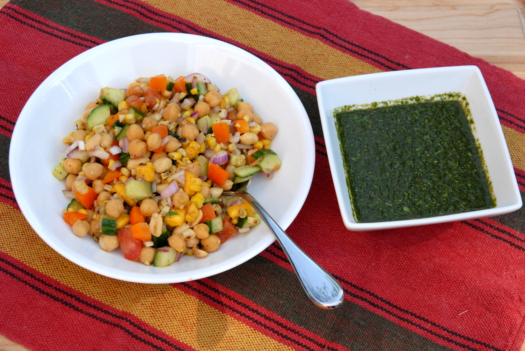 &quot;Wildfire&quot; chaat - Indian chickpea salad with mint chutney