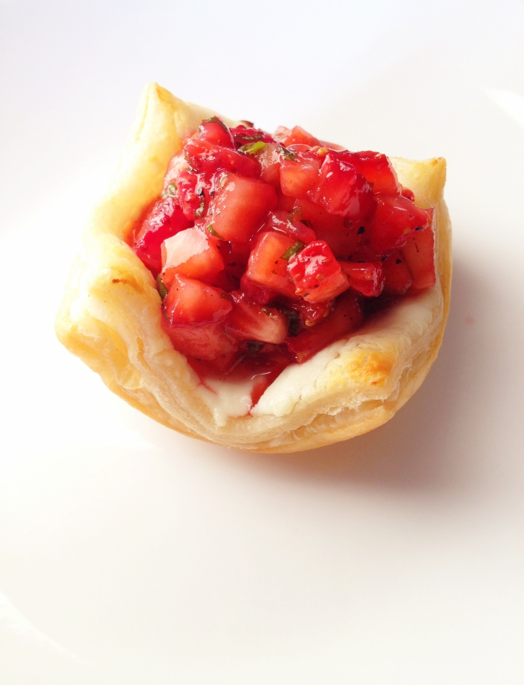 Strawberries & Cheese Bites