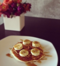 Banana_almond_pancakes