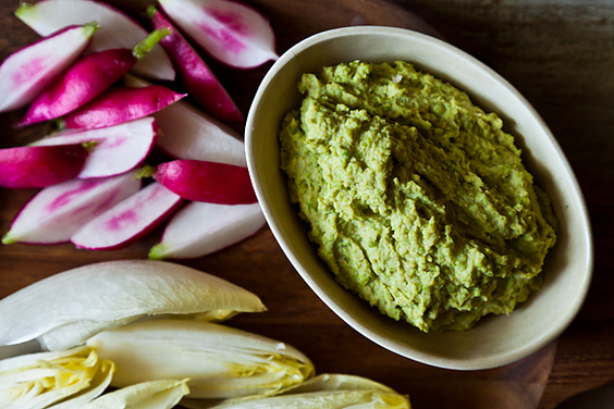 Sweet Pea Hummus