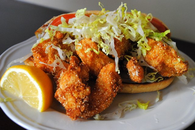 Shrimp Po&#x27; Boys with Spicy Homemade Tartar Sauce