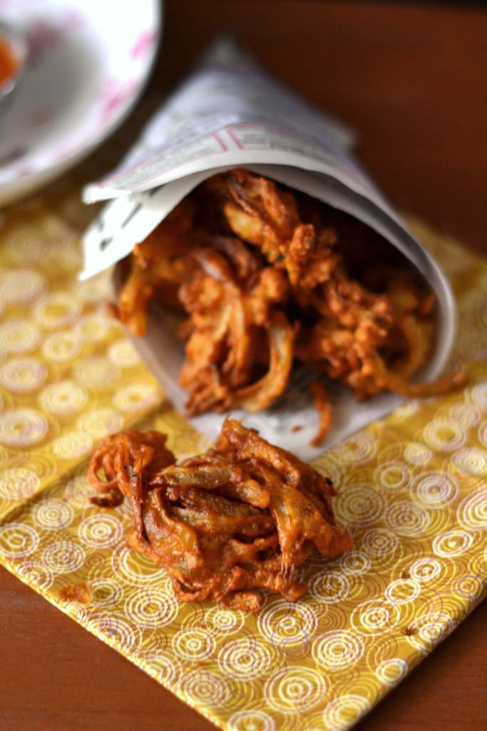 Onion Pakoras (Fritters)