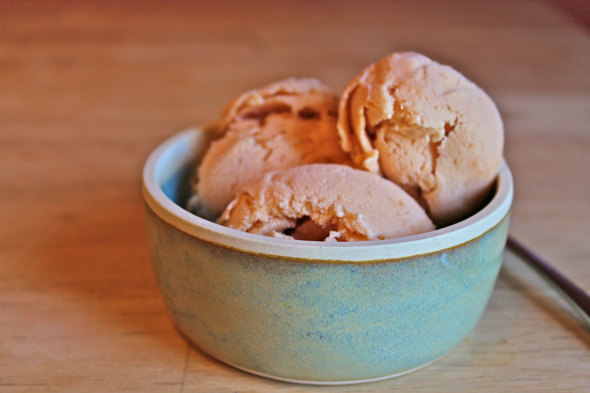Brown Sugar Nectarine Ice Cream