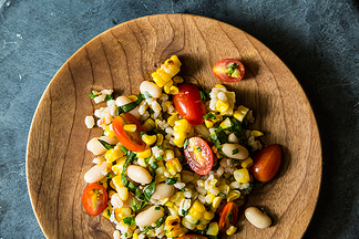 Grilled Corn and Barley Salad w/Tomato Vinaigrette
