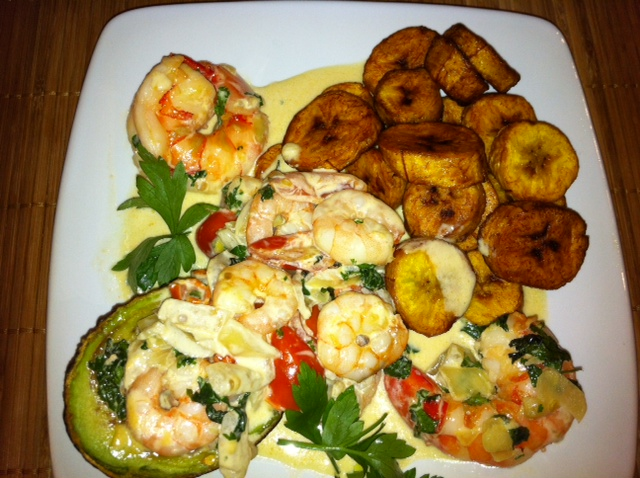 DVs creamy avocado prawns & plantain delight