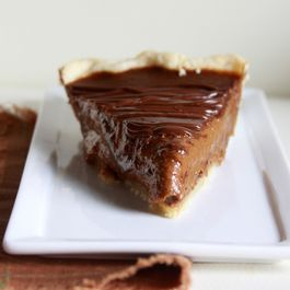 Chocolate_pumpkin_pie_1-1024x705