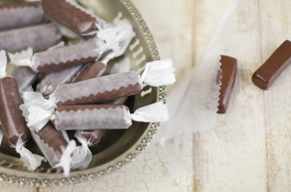 Sprinklebakes_homemade_tootsie_rolls_food52_