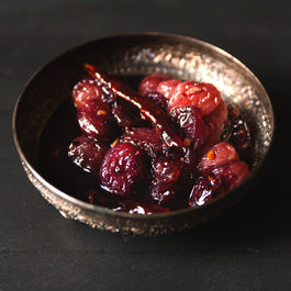 Sweet and Spicy Grape Chutney