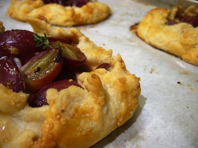Grape Crostata