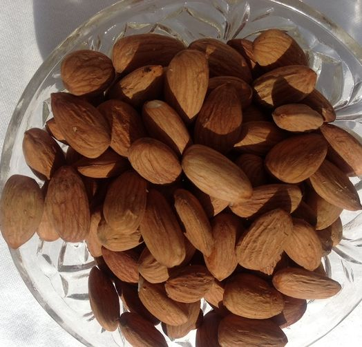 Vanilla Almonds