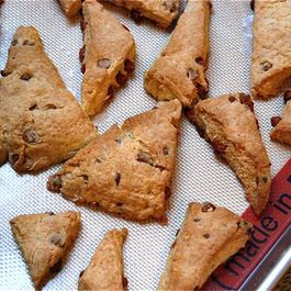 Cinnamon_chip_scones
