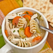 Best_turkey_(or_chicken)_noodle_soup_4