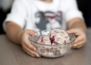 Earl Grey Ice Cream with Blackberry Swirl