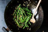 Fuchsia Dunlop&#x27;s Sichuanese Dry-Fried Green Beans