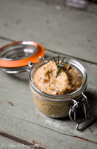 Rosemary and Chili Garlic Spread