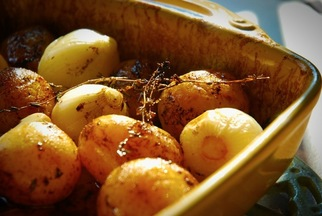 Chez Panisse&#x27;s Potatoes and Onions Roasted with Vinegar and Thyme
