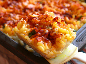 Smoky_bacon_mac_and_cheese