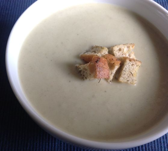 Thyme-Scented Fennel and Leek Soup