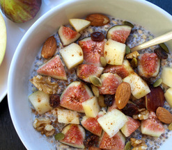 Bircher Muesli with Chia Seeds, Figs & Apples