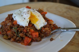 Italian-style-lentils-with-poached-egg-from-heatherpierceinc.com_-1024x685