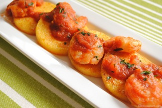 Polenta_cakes_and_spicy_chipotle_shrimp3