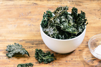 Vintage_mixer_kale_chips-7