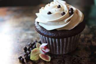 Thelma's Chocolate Cupcakes with Peanut Butter Swiss Buttercream