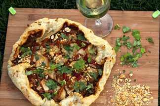 Garlicky_thai_chicken_pizza-52