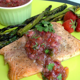 Grilled_salmon_with_strawberry_rhubarb_salsa-52
