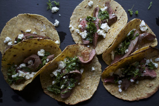 Flank_steak_taco_w_oregano_salsa_f52