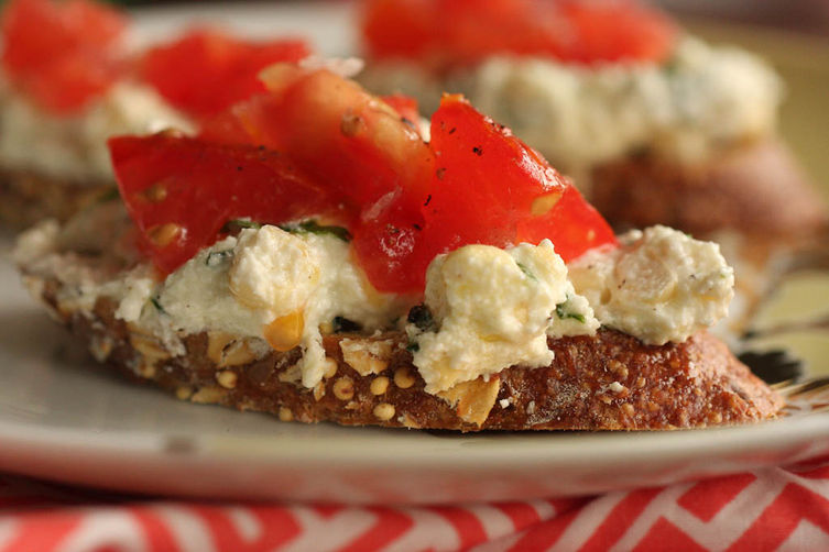 herbed ricotta and tomato crostini recipes dishmaps ricotta crostini ...