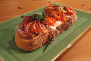 Open-Faced Sandwich with Roasted Tomatoes and Gorgonzola Dolce