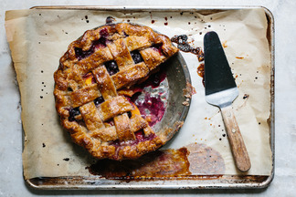 lattic top peach/blueberry pie with pie crust