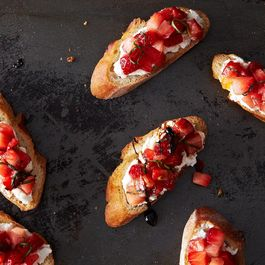 2013-0903_cp_strawberry-tomato-bruschetta-023