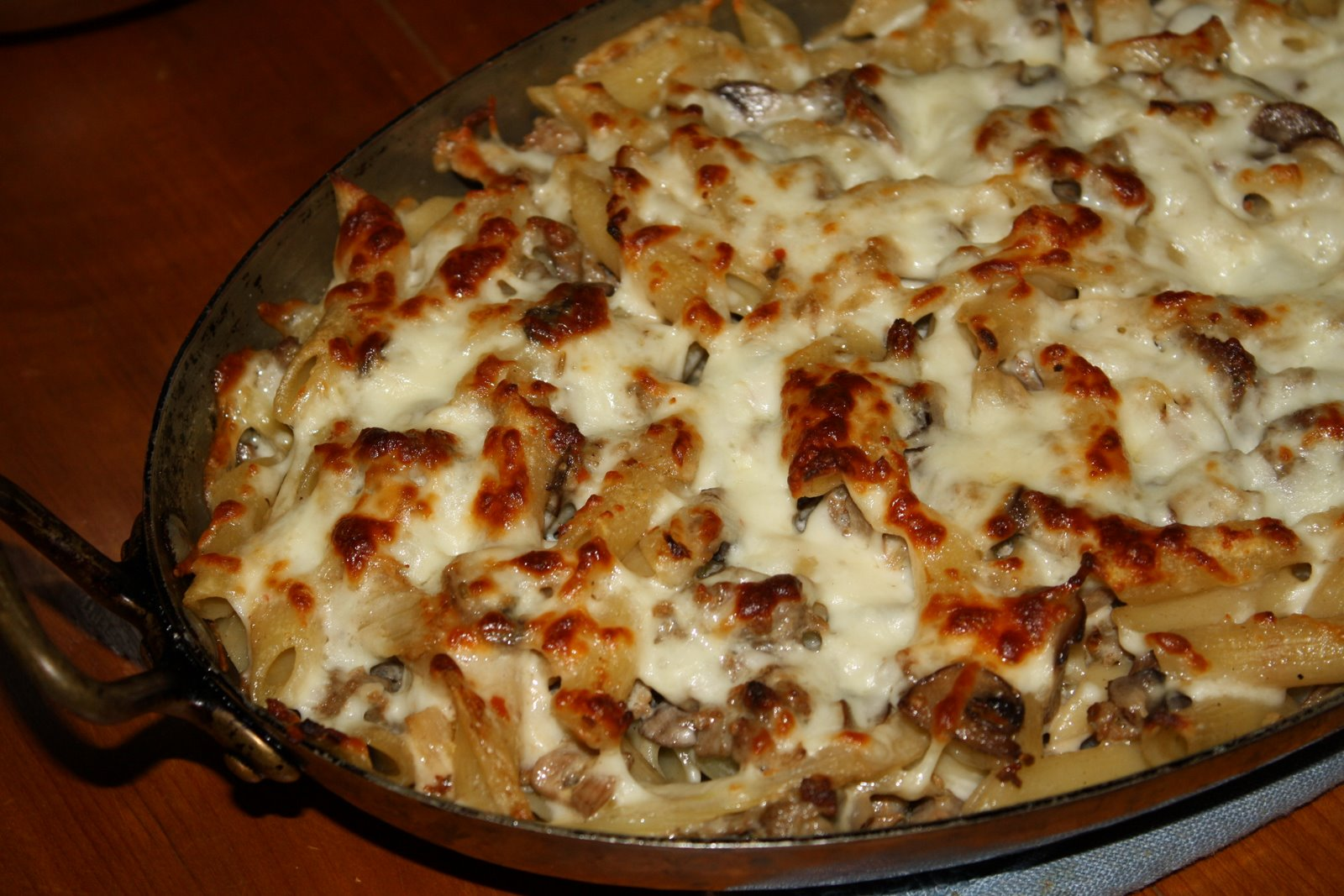Penne Gratin with Sausage, Fennel, and Mushrooms