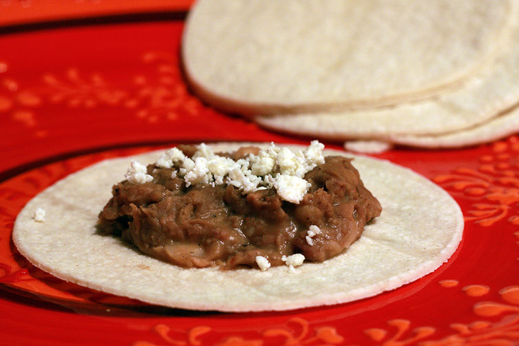 Spicy smoky bacony slow cooker refried beans