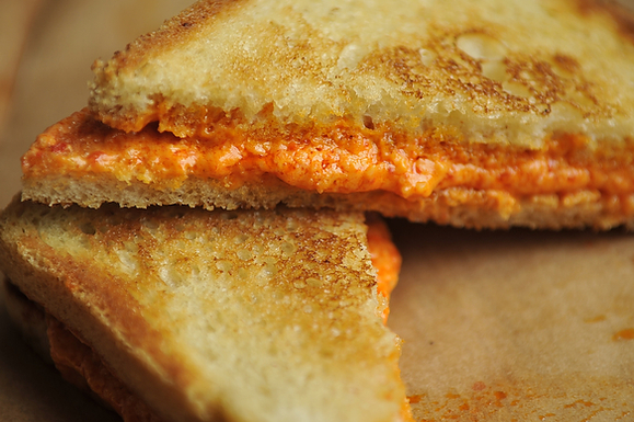 Grilled Pepper Cheese Sandwiches
